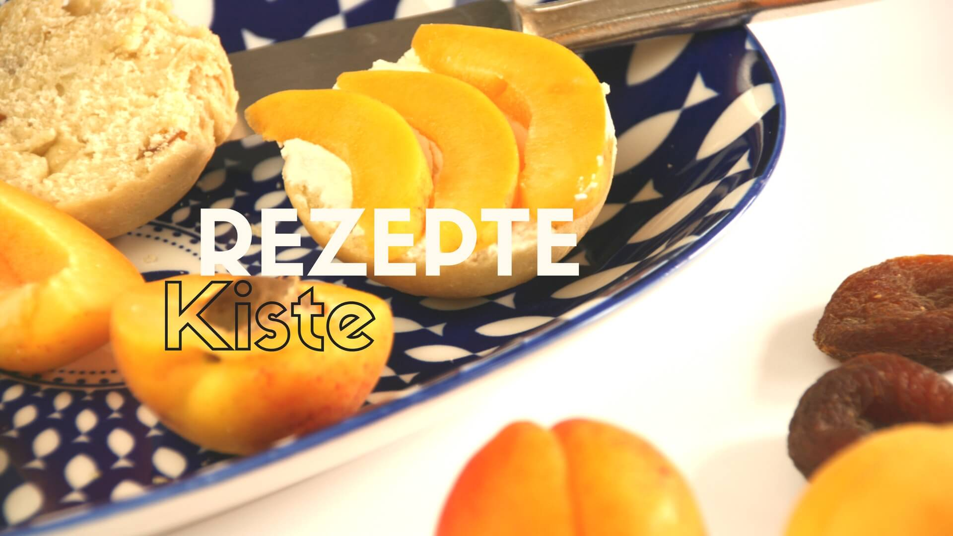 Aprikosenbrötchen