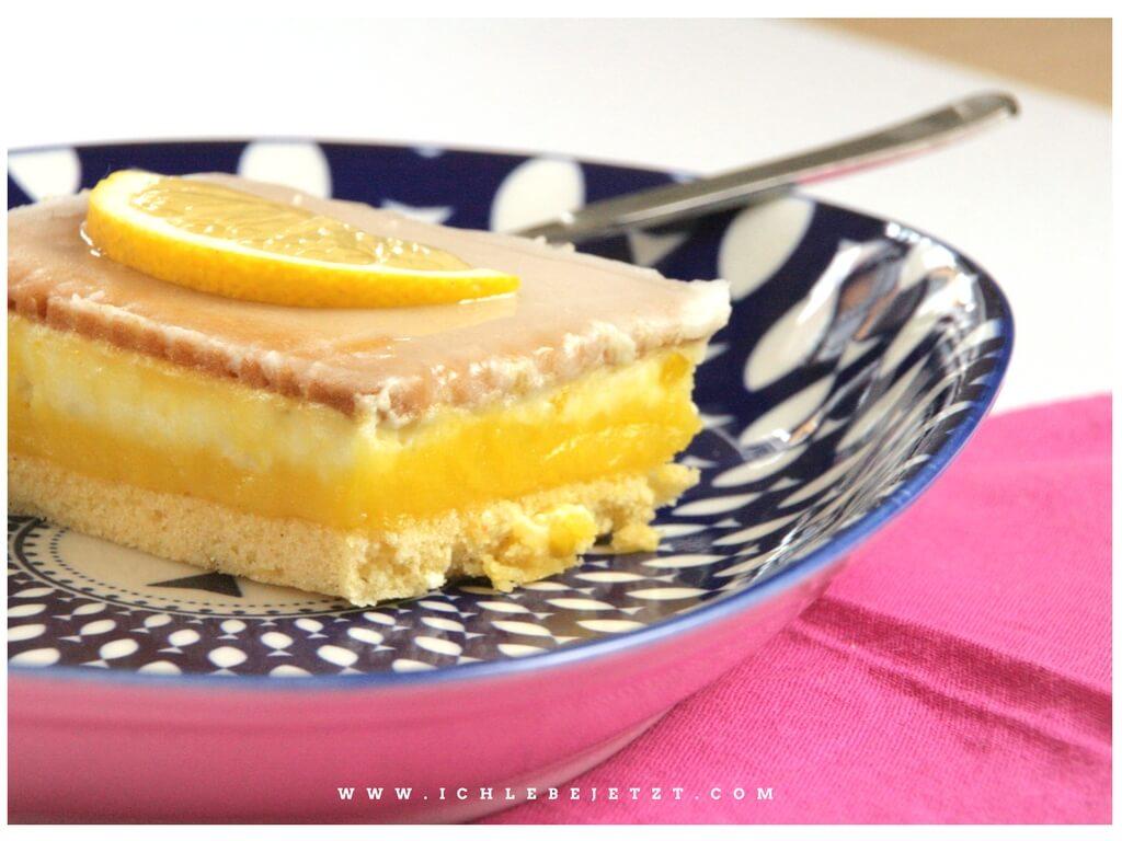 Geschichteter Zitronenkuchen