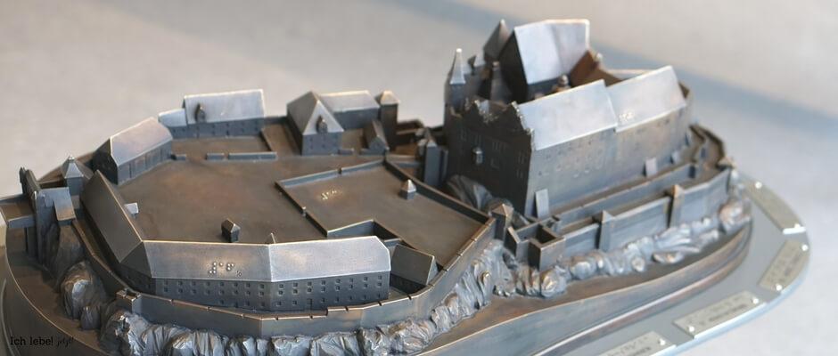Bronzemodell der Cadolzburg