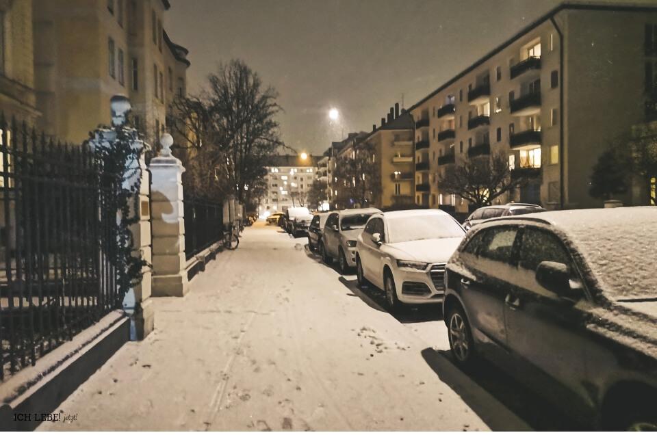 München Schwabing bei Nacht