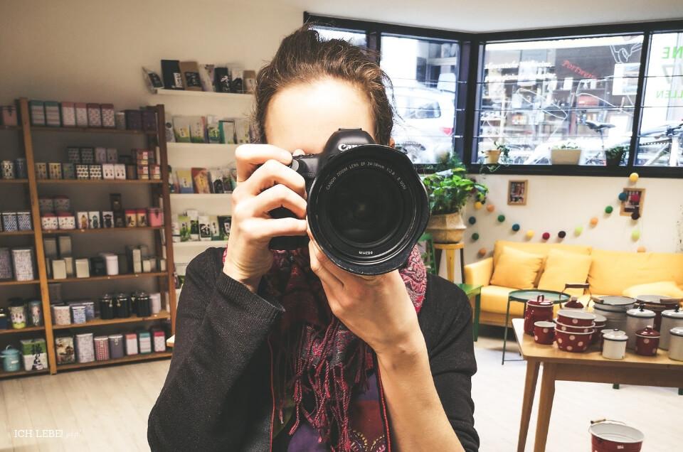 Kerstin shootet im Teeladen Evas Teeplantage