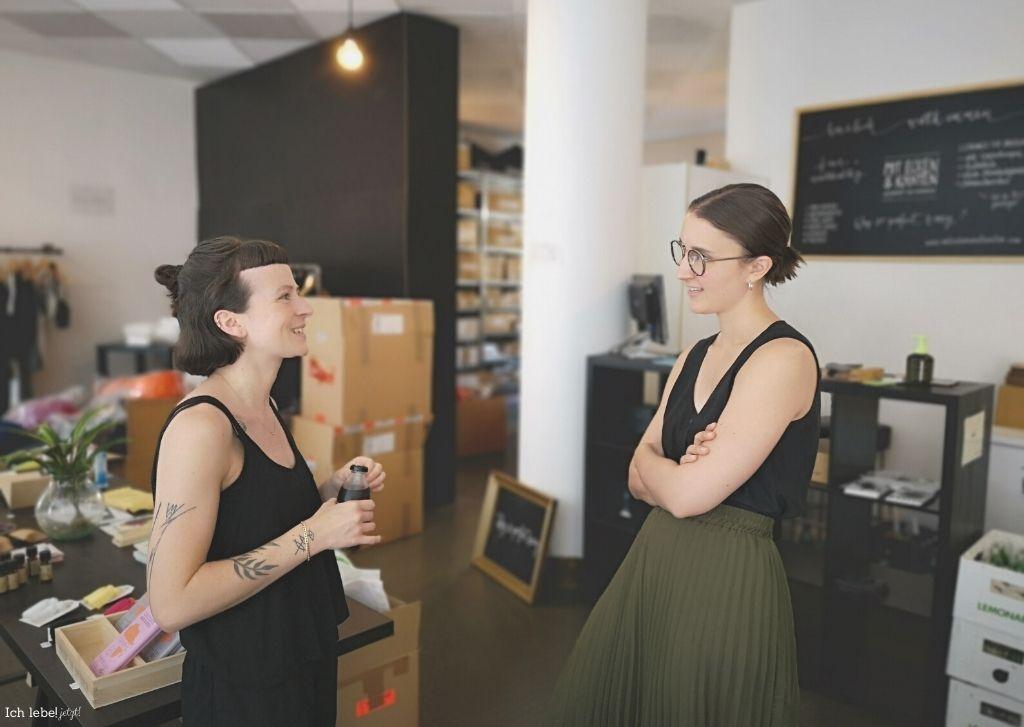 Anika im Gespräch mit Jessika Koennecke