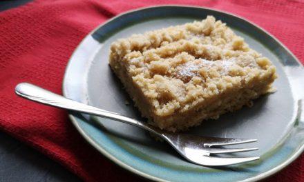 Sahniger Streuselkuchen mit Tonka und Vanille
